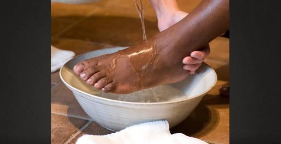 foot-washing 1